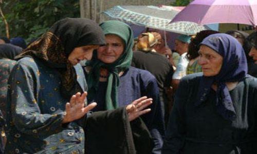 GRUZJA / Kaukaz / Wąwóz Pankisi / Kobieta w muzułmańskiej społeczności Pankisi 2