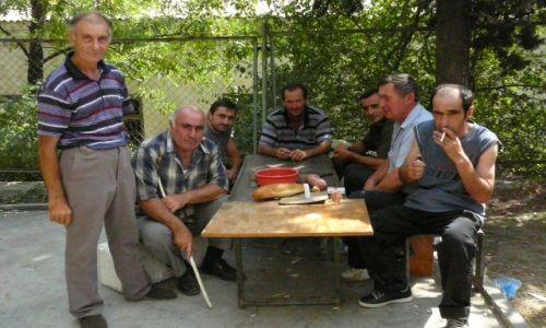 Zdjecie GRUZJA / Tbilisi / obóz uchodźców / w oczekiwaniu