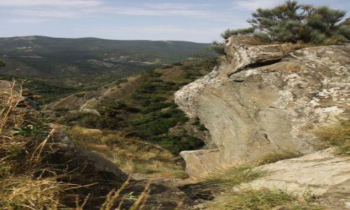 Zdjęcie GRUZJA / Kartlia Wewnętrzna / krótki trekking - w samo południe... / okolice twierdzy Armazisciche