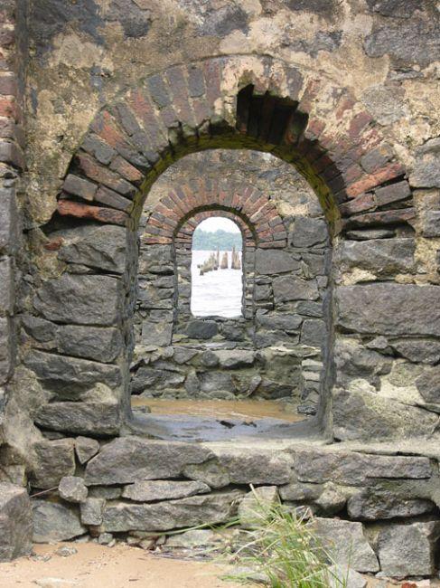 Zdjęcia: St. Laurent du Maroni, FRANCUSKA, Ruiny nad Maroni, GUJANA