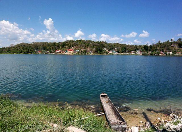 Zdj�cia:  Peten, jezioro Peten Itza, GWATEMALA