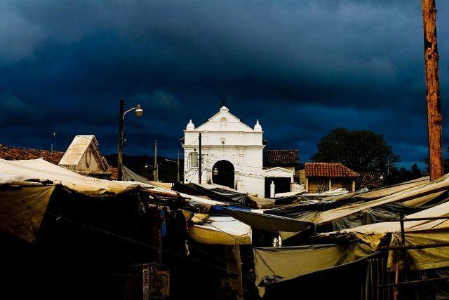 Zdjęcia: Chichicastenango, Ostoja spokoju, GWATEMALA