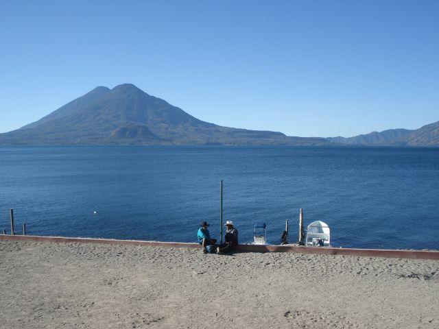 Zdjęcia: gwatemala, ameryka srodkowa, wulkan i jezioro, GWATEMALA