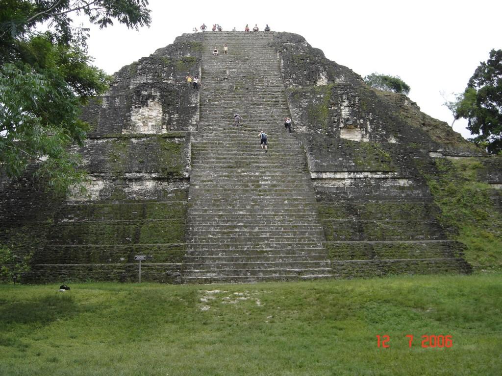 Zdjęcia: Interior, Interior, Jedna ze świątyn w Tical, GWATEMALA