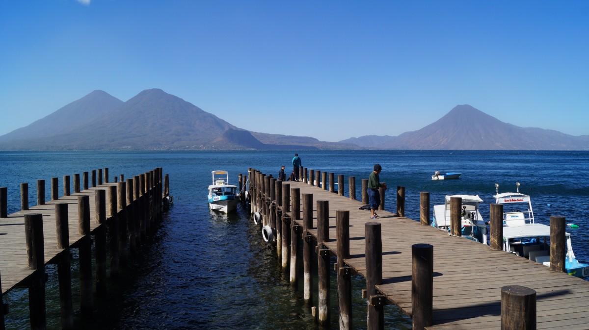 Zdjęcia: Jezioro Atitlan, Jezioro Atitlan, Jezioro Atitlan w słońcu, GWATEMALA