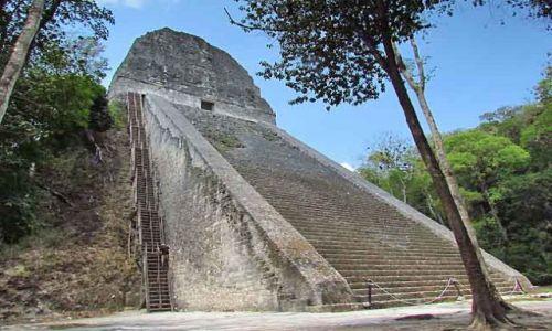 Zdjecie GWATEMALA / - / Tikal / Piramidalna