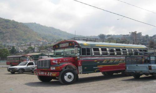 Zdjecie GWATEMALA / - / Gwatemala / Przewóz osób