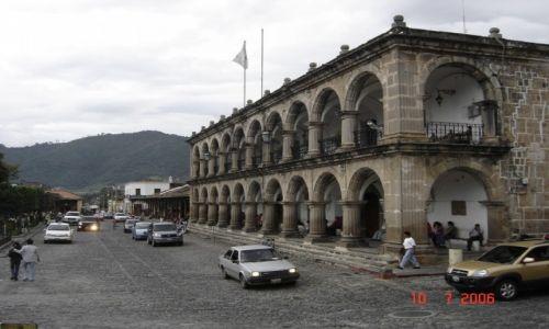 Zdjęcie GWATEMALA / Gwatemala / Antigua / Centrum Antigua
