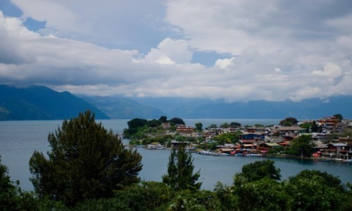 Zdjecie GWATEMALA / Solol� / San Juan La Laguna / Widok na San Pe