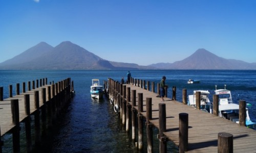 GWATEMALA / Jezioro Atitlan / Jezioro Atitlan / Jezioro Atitlan w słońcu