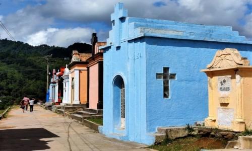 Zdjecie GWATEMALA / Chichicastenango / - / Kolorowy cmentarz