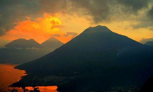 Zdjecie GWATEMALA / Panajachel / jezioro Atitlan / To byla chwila