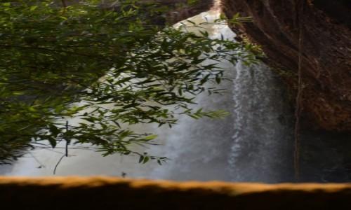 Zdjęcie GWINEA RÓWNIKOWA / Centro Sur / Park Narodowy Monte Alen / Wodospad Mosumo