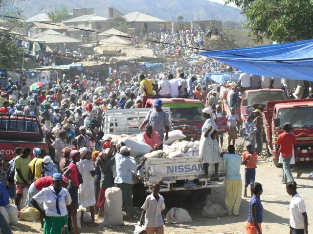 Zdjęcia: wioska na Haiti, targ, HAITI