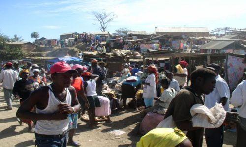 Zdjecie HAITI / brak / wioska na Haiti / targ