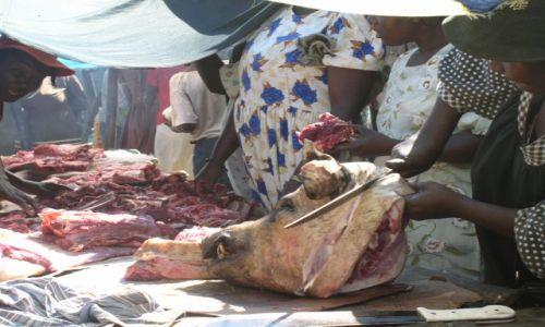 Zdjecie HAITI / brak / wioska na Haiti / stoisko mięsne