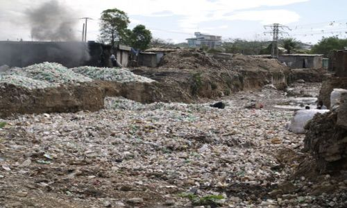 Zdjecie HAITI / brak / Port au Prince / Rzeka w stolicy Haiti