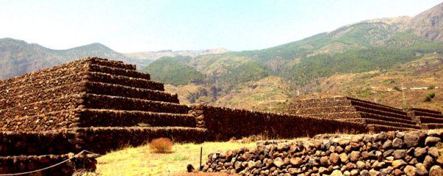 Zdjęcia: Teneryfa, Wyspy Kanaryjskie, Piramidy La Gumar , Jedyne w Europie, HISZPANIA