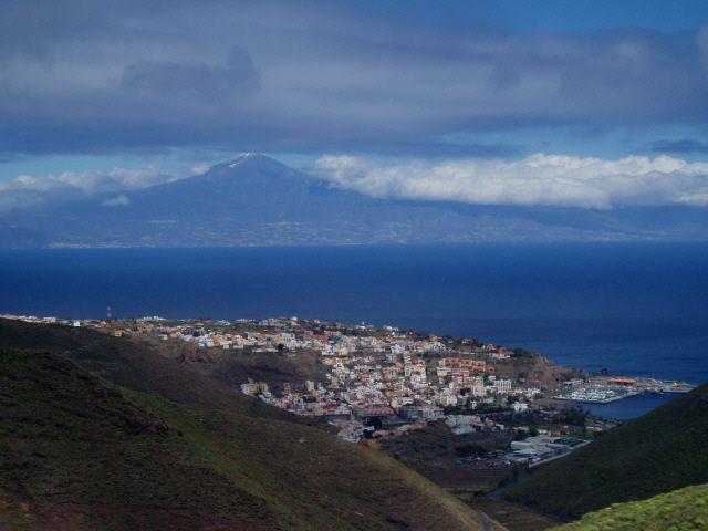 Zdjęcia: Wyspy Kanaryjskie - Gomera, Jak Teide wygląda z Gomery, HISZPANIA