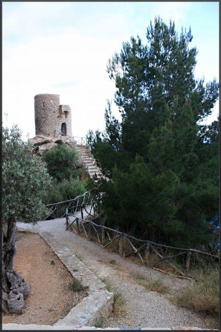Zdjęcia: północno-wschodnia część wyspy, Majorka, Wieża antypiracka, HISZPANIA
