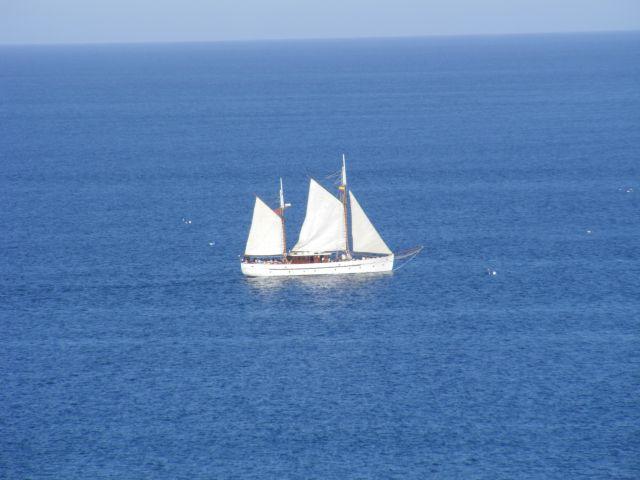 Zdjęcia: Fuengirola, Andaluzja-Costa del Sol, Samotny biały żagiel..., HISZPANIA