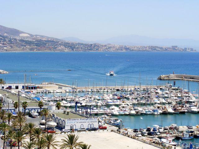 Zdjęcia: Fuengirola, Andaluzja-Costa del Sol, Pędząca motorówka, HISZPANIA