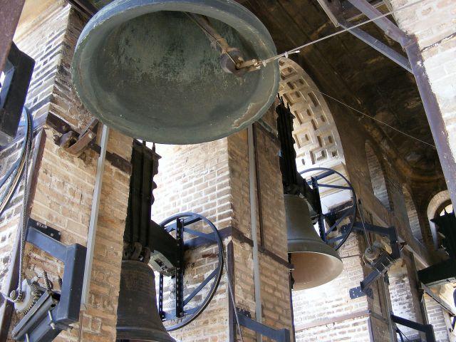Zdjęcia: Sewilla, Andaluzja, Dzwony na szczycie La Giraldy, HISZPANIA