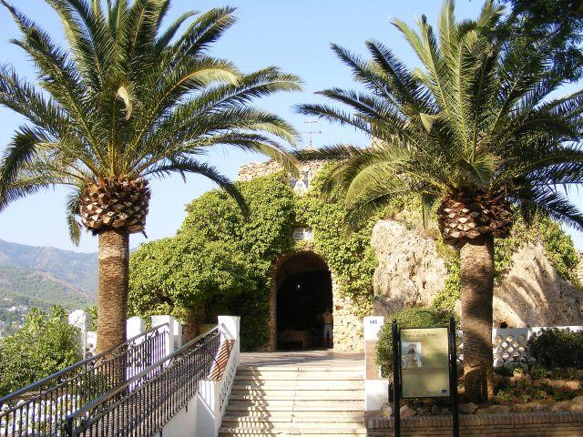 Zdjęcia: Mijas, Andaluzja, Kaplica w grocie, HISZPANIA