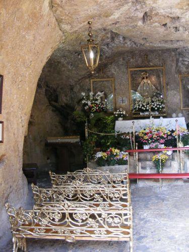 Zdj�cia: Mijas, Andaluzja, Wn�trze kaplicy, HISZPANIA