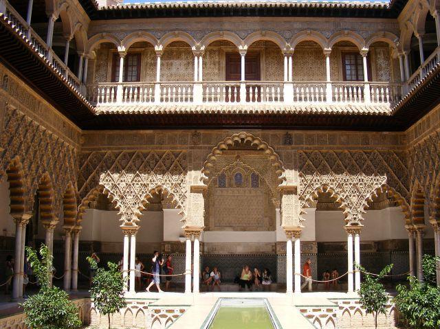 Zdj�cia: Sewilla, Andaluzja, Alkazar - dziedziniec, HISZPANIA