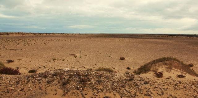 Zdjęcia: Półwysep Jandia/ Punta del Tigre, Fuerteventura/Wyspy Kanaryjskie, Pas startowy lotniska z czasów Gustawa Wintera, HISZPANIA