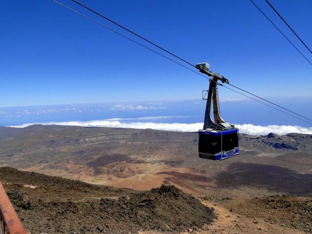 Zdjęcia: Teneryfa, Park Narodowy del Teide, Wyspy Kanaryjskie, Kolejka na szczyt wulkanu, HISZPANIA