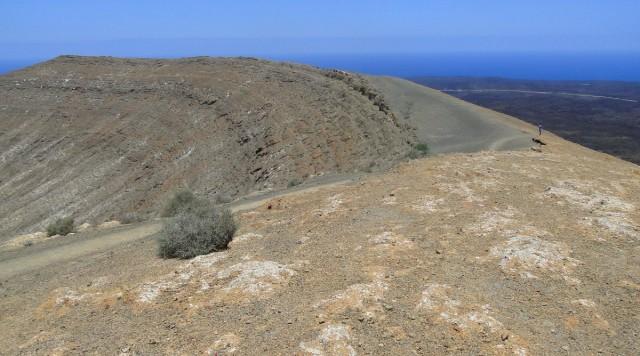 Zdjęcia: Lanzarote, Wyspy Kanaryjskie, Na krawędzi krateru Caldera Blanca., HISZPANIA