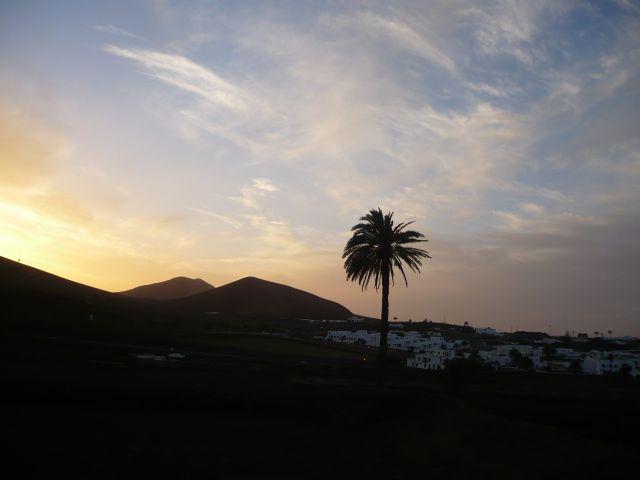 Zdjęcia: Lanzarote, Lanzarote, sama jak palec, HISZPANIA