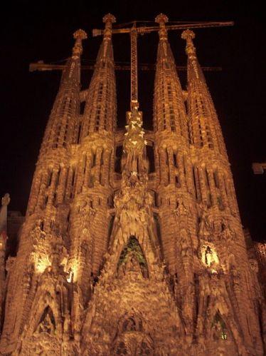 Zdjęcia: Barcelona, Katalonia, Sagrada Familia nocą, HISZPANIA