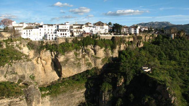 Zdjęcia: Ronda, Andaluzja, ...z zielonego wzgórza - Ronda, HISZPANIA