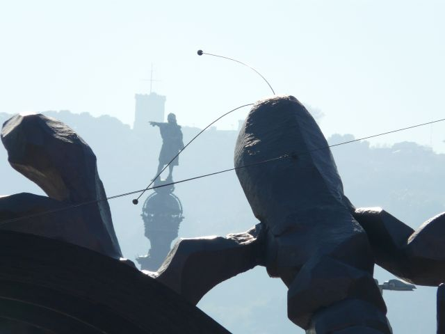 Zdjęcia: Barcelona, Katalonia, atak na Kolumba, HISZPANIA