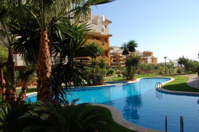Zdjęcia: Punta Prima koło Torrevieja, Costa Blanca, punta prima - osiedle apartamentów, HISZPANIA