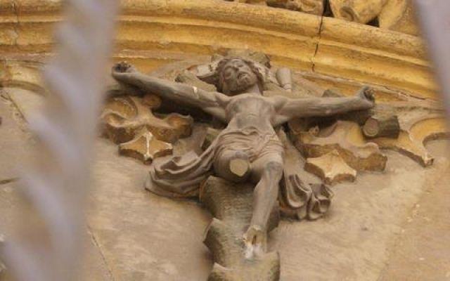 Zdjęcia: Kordoba, Andaluzja, Stary zrujnowany kościół w centrum Kordoby, HISZPANIA