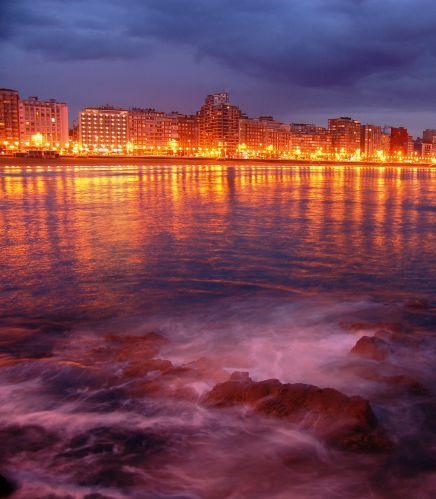 Zdj�cia: Gijon, Asturia, Promenada w Gijon, HISZPANIA