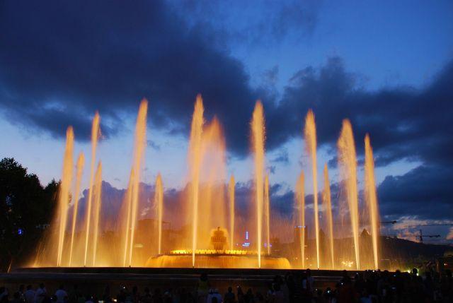Zdj�cia: barcelona, katalonia, pokaz swiatla i wody1, HISZPANIA