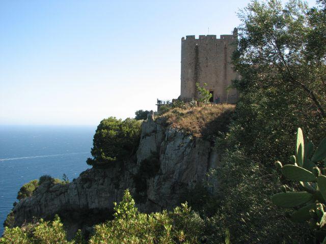 Zdj�cia: Faro de San Sebastian , COSTA BRAVA, CASTILLO, HISZPANIA