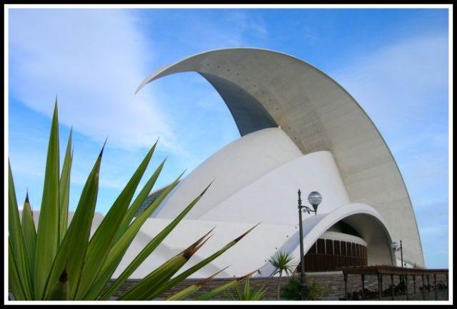 Zdjęcia: Santa Cruz, Teneryfa, Futurystyczna opera, HISZPANIA