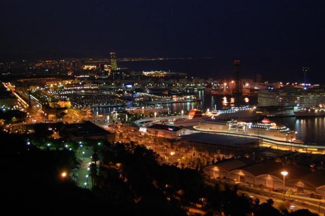 Zdjęcia: Barcelona, Barcelona, Port w barcelonie noca , HISZPANIA