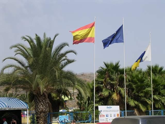 Zdjęcia: Gran Canaria, Wyspy Kanaryjskie, FLAGI, HISZPANIA
