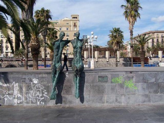 Zdjęcia: Barcelona, Katalonia, para w porcie Veil, HISZPANIA