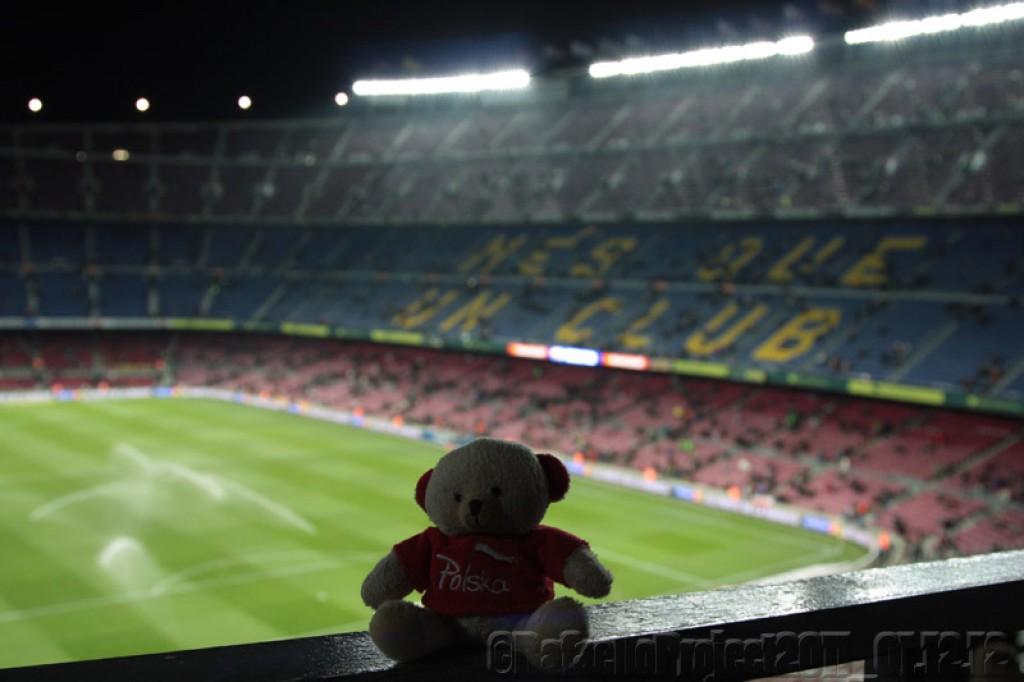 Zdjęcia: Camp Nou, Barcelona, Cataluna, Osito Blanco en Camp Nou, HISZPANIA