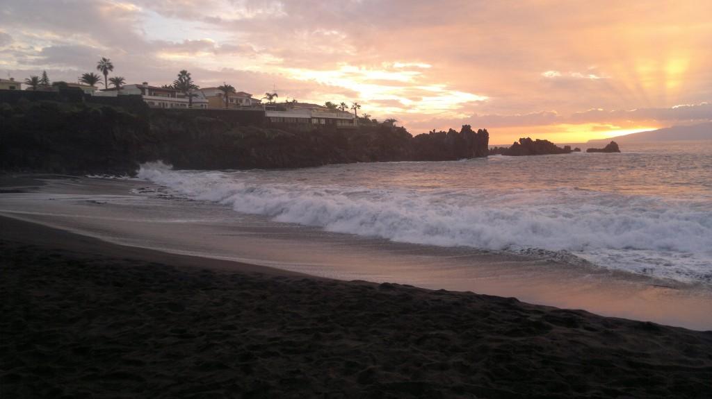 Zdjęcia: Puerto de Santiago, Teneryfa, piękna czarna plaża, HISZPANIA