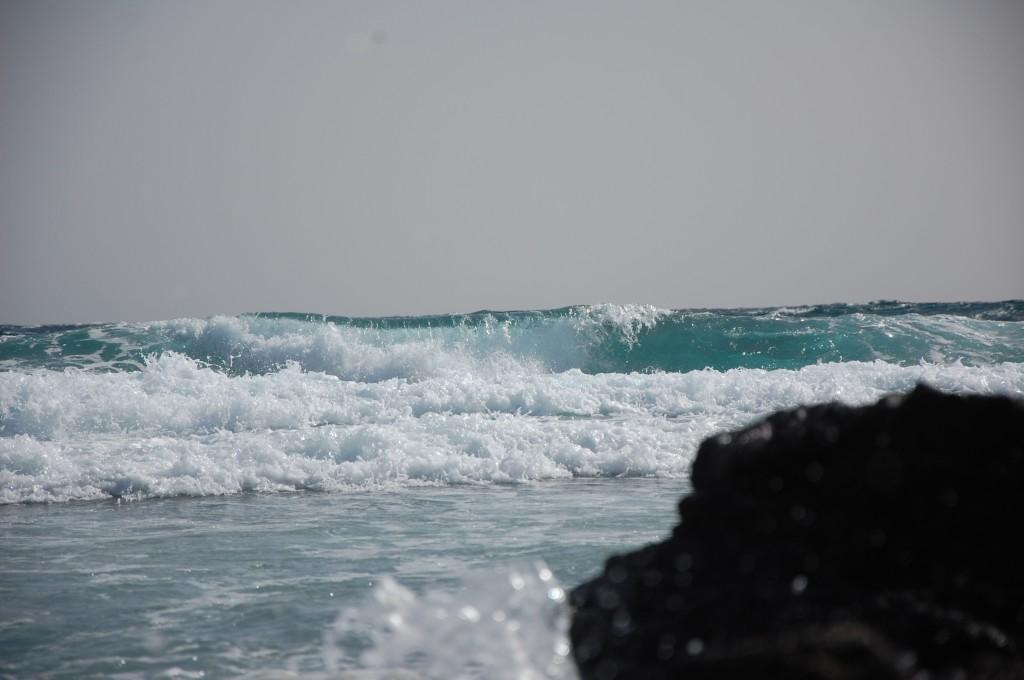 Zdjęcia: Przylądek Punta de Jandia, Fuerteventura, Wyspy Kanaryjskie, Wysoka fala, HISZPANIA