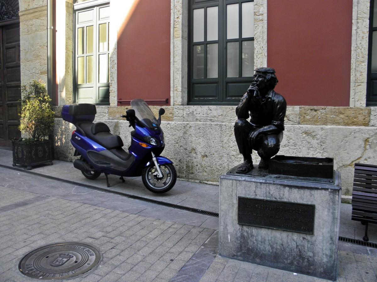 Zdjęcia: Oviedo, Asturia, na uliczkach Oviedo, HISZPANIA